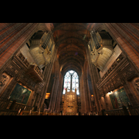 Liverpool, Anglican Cathedral, Chor mit Altar und Orgel