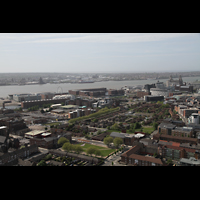 Liverpool, Anglican Cathedral, Blick vom Turm in Richtung der Docks