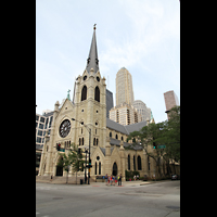 Chicago, Cathedral of the Holy Name, Außenansicht